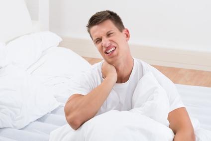 Rückenbeschwerden durch falsches Kissen