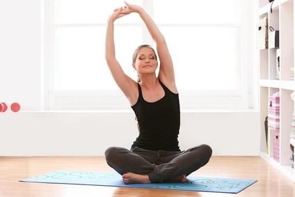 Rückenbeschwerden vermeiden durch Yoga