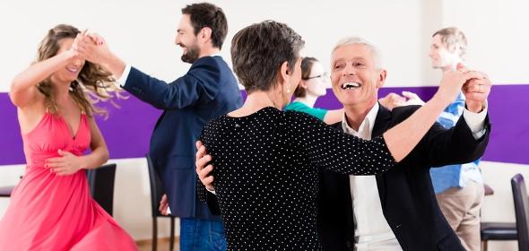 Tanzen macht Spaß bis ins Alter und kann für den Rücken gut sein